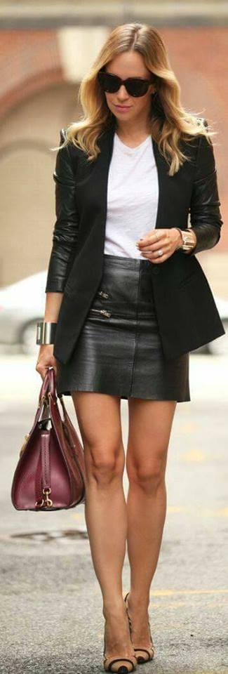 35 Outfits con faldas de cuero negras