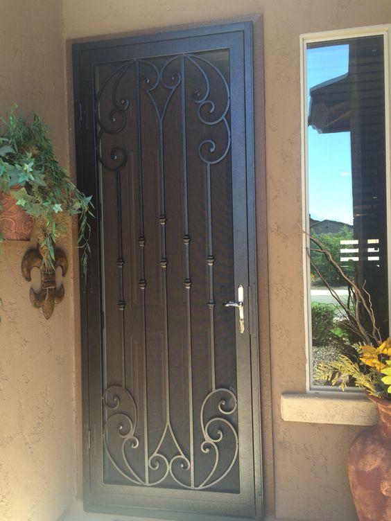 40 dise os de rejas para puertas y ventanas decoracion for Puertas de metal con diseno