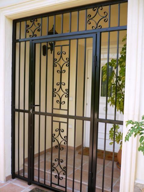 40 disenos rejas puertas ventanas 8 como organizar la for Puertas decorativas para interiores