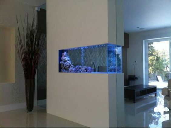Disenos de peceras para decorar tu casa 25 decoracion de interiores fachadas para casas como - Peceras para casa ...