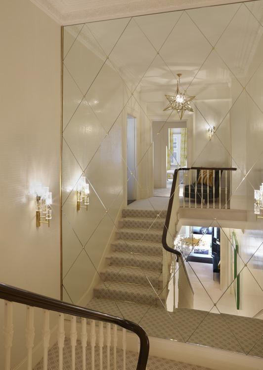 Paredes forradas de espejos se ven incre bles for Decoracion con espejos en paredes