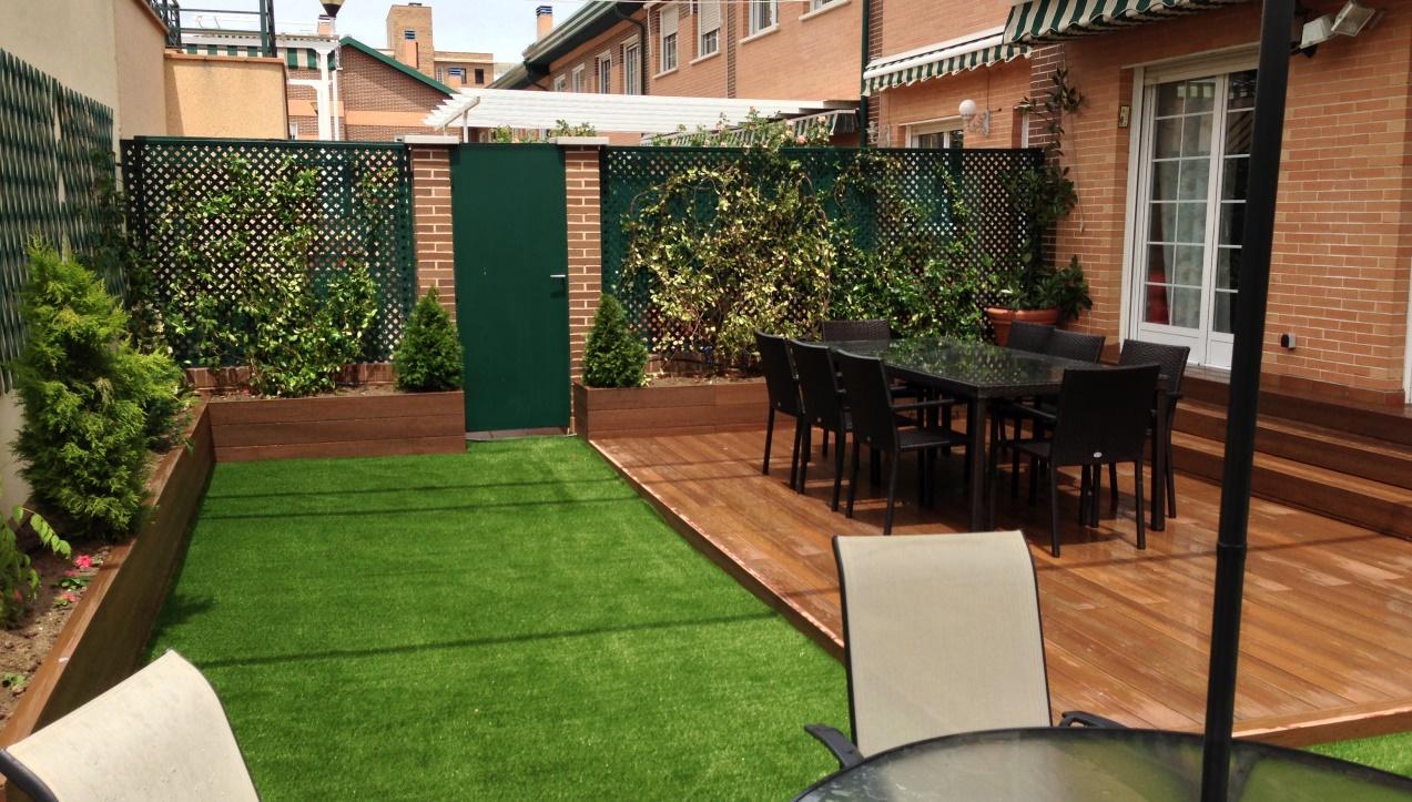 27 fotos terrazas casas modernas 5 for Figuras decorativas jardin leroy merlin