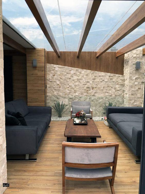 27 fotos de terrazas para casas modernas como organizar for Decoracion de jardines y muros exteriores