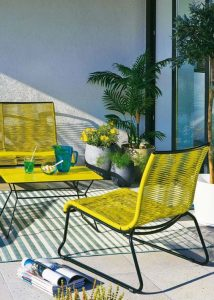 28 propuestas de muebles para decorar tu terraza o jardín