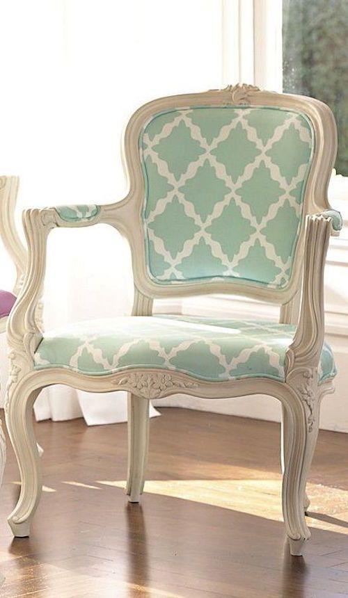 Como decorar casas con estilo tradicional louis xv for Decorar casa con muebles verdes