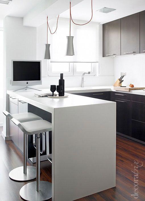 Dise os de cocinas peque as con barra for Ideas cocinas pequenas cuadradas