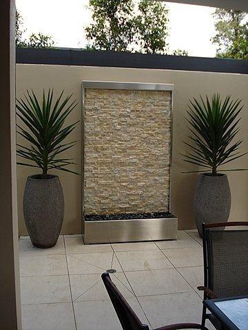 Dise os de revestimiento para paredes interiores y Pisos para patios pequenos