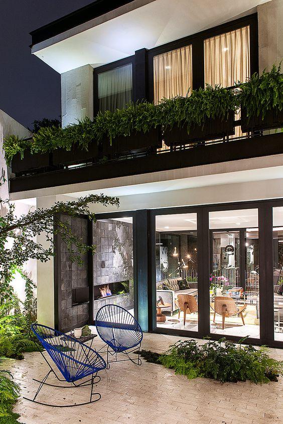 Dise os de ventanas para casas decoracion de interiores for Colores para afuera de la casa