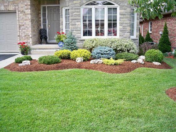 Jardines para entradas y pasillos decoracion de for Modelos de jardines sencillos