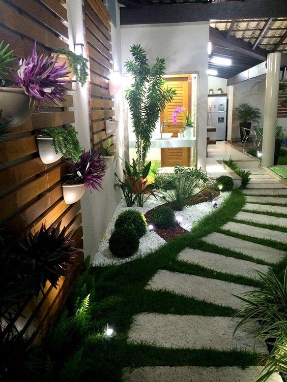 Jardines entradas pasillos 24 como organizar la casa for Jardines pequenos para la casa