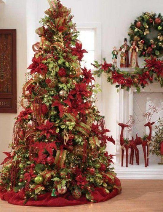 pinos de navidad rojo con dorado