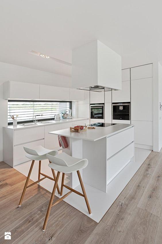 27 ejemplos disenar correctamente una cocina pequena 22 for Como disenar una cocina pequena