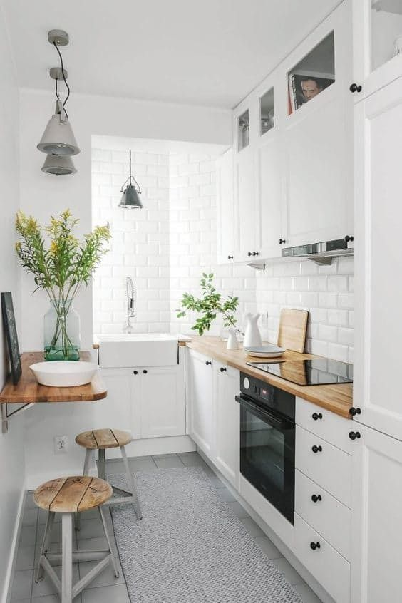 Decoration of small and economical kitchens