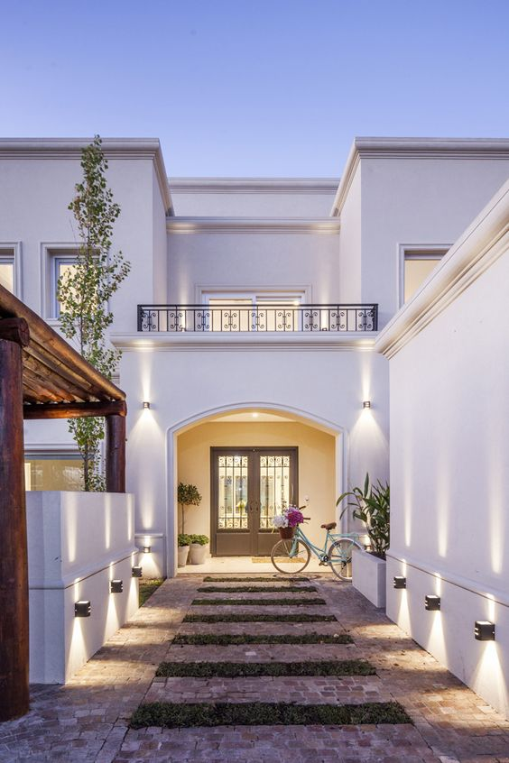 Diseno casas entradas preciosas modernas 24 decoracion for Casas clasicas modernas