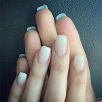 Diseños de uñas naturales que debes intentar este verano