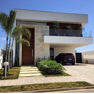 Fachadas de casas modernas for Oficinas pequenas modernas en casa