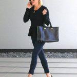 Ideas para combinar blusas negras con tus jeans favoritos