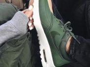 ¡Ponte a la moda usando Tenis Verde Militar para complementar tus Outftis!