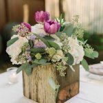Centros de mesa para bodas con bases de madera