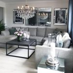 Dale un toque de estilo a tu casa con espejos