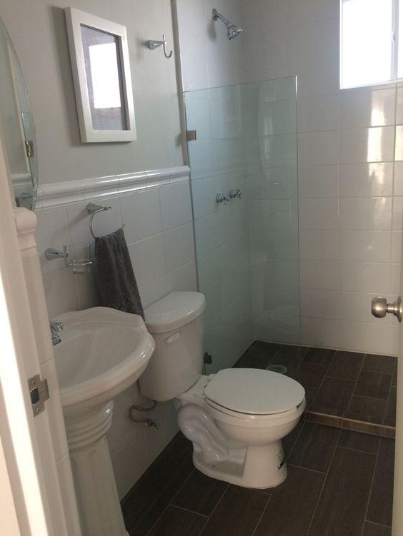 Decoración de un baño de infonavit
