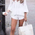 Outfits con blusas blancas