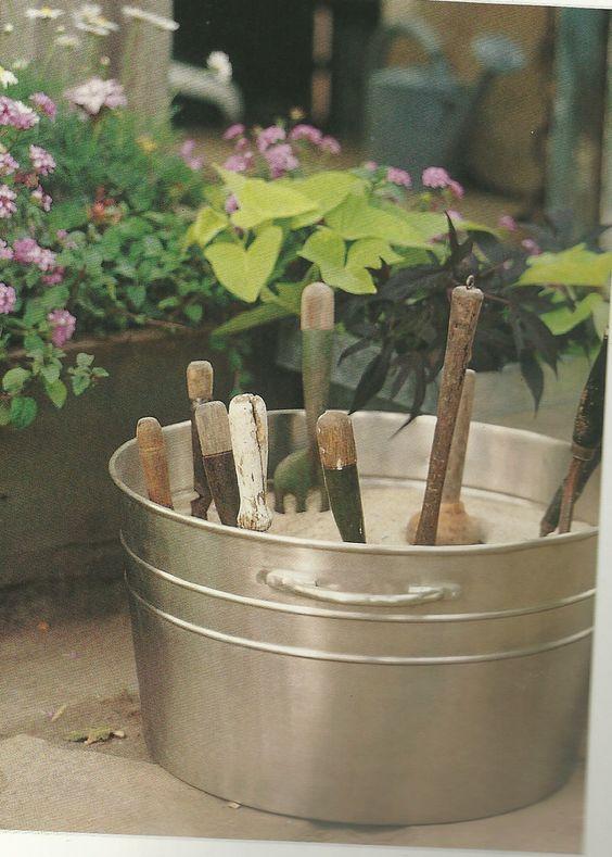 Ordena los art culos que utilizas para mantener lindo tu for Articulos decoracion jardin