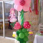 Decoración para piñatas de rosita fresita