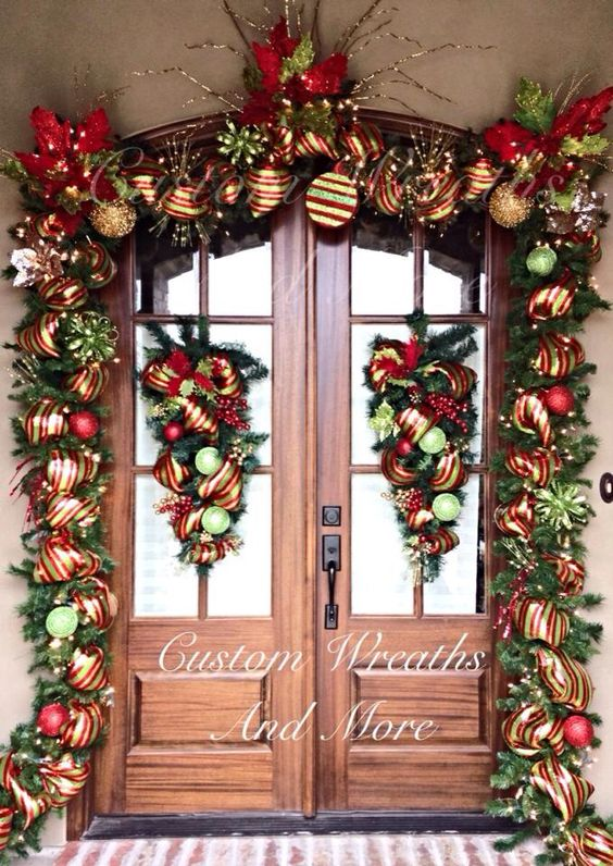 Decoraciones navidenas 2019 la puerta casa 20 for Ideas para decorar puertas navidenas