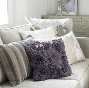 Diseños de cojines decorativos para tu sala de estar