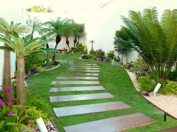 Ideas jardines decorar entradas 16 como organizar la for Ideas para jardines pequenos de casa
