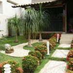 Ideas de jardines para decorar entradas