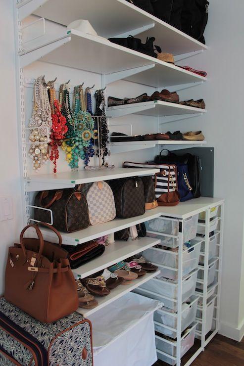 Ideas pr cticas y sencillas para organizar las bolsas decoracion de interiores fachadas para - Disena tu armario ...
