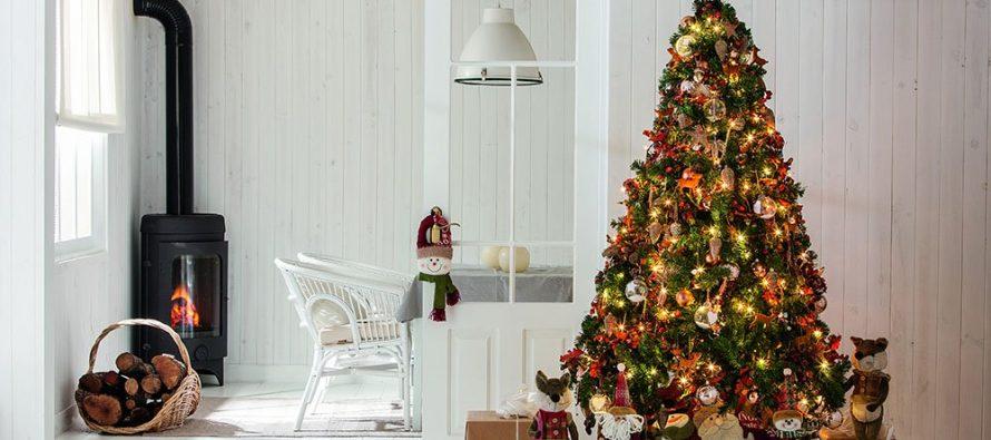 Mira como decorar tu árbol navideño 2017 comprando los productos en Sears