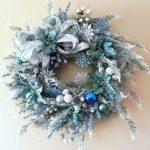 Decoración Navideña en Azul Turquesa y Plata