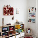 Estanterias para organizar una habitacion infantil