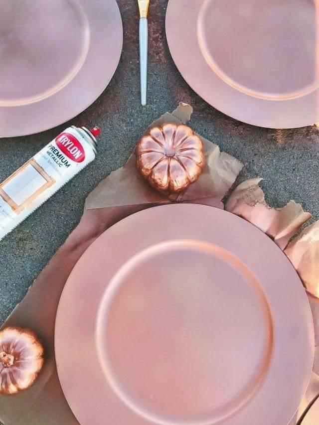 Ponte a la Moda y Decora tu Hogar con Detalles Navideños en Oro Rosado
