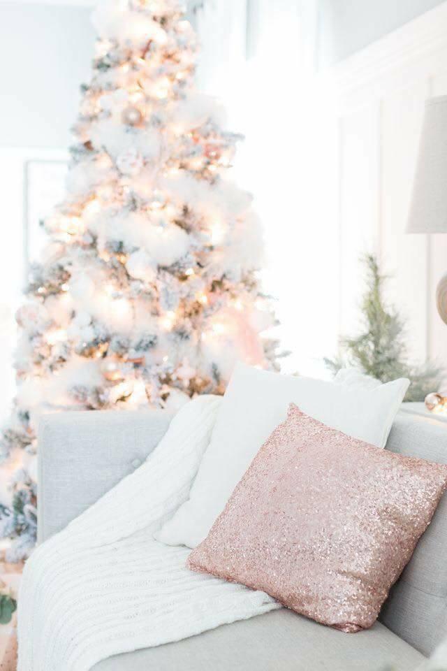Como decorar con detalles navide os en oro rosado for Home disena y decora tu hogar
