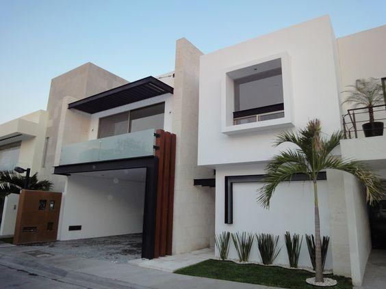casas grandes con balcones (2)