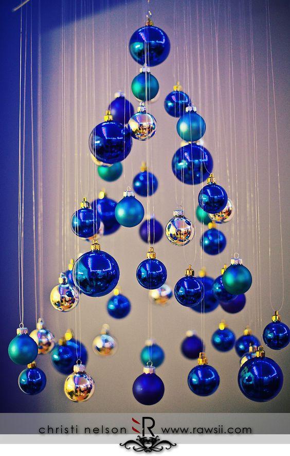 Decora la navidad con color azul como organizar la - Decoracion navidena artesanal ...
