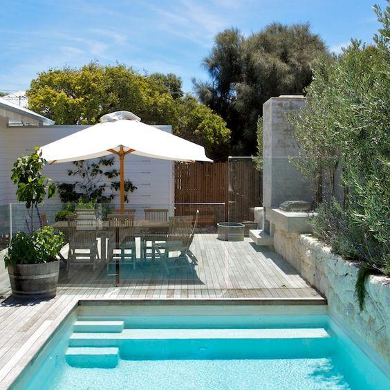 Dise os de bordes y exteriores para piscinas decoracion for Diseno de interiores y exteriores