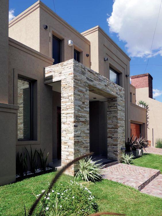 Fachada con portico en la entrada decoracion de interiores fachadas para casas como organizar - Casa con portico ...