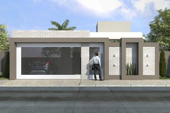 fachada de casa pequena con puerta de rejilla