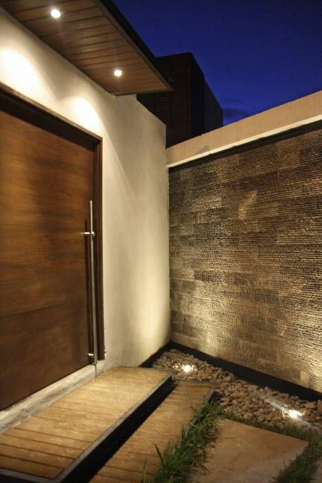 fachada de casa pequenas con portico en la entrada (3)
