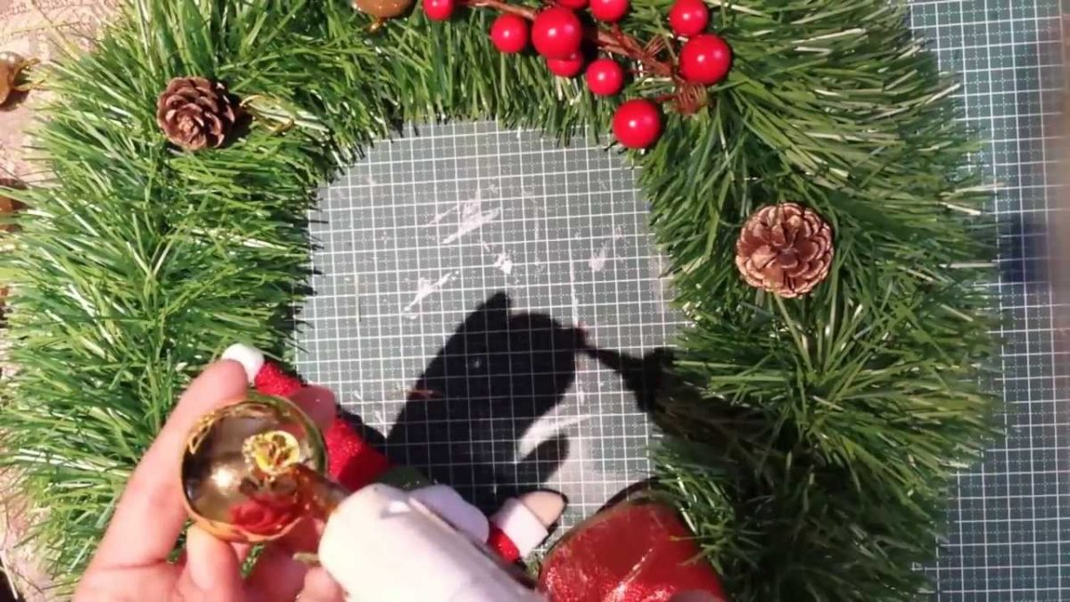 ideas-diy-decorar-la-puerta-esta-navidad (7)