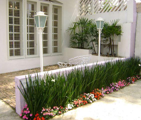 jardines para fachadas de casas (2)