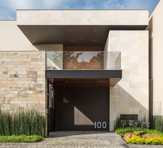 Muros de piedra para fachadas 2 decoracion de for Fachadas de piedra para casas pequenas