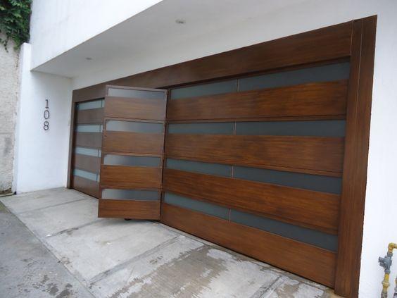 Dise os modernos en portones de herrer a para a adir a tu for Portones de madera modernos