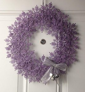 Ideas de decoracion navidena 2017 - 2018 en morado (20)