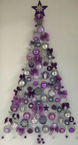 Ideas de decoración navideña 2017 - 2018 en morado (35)